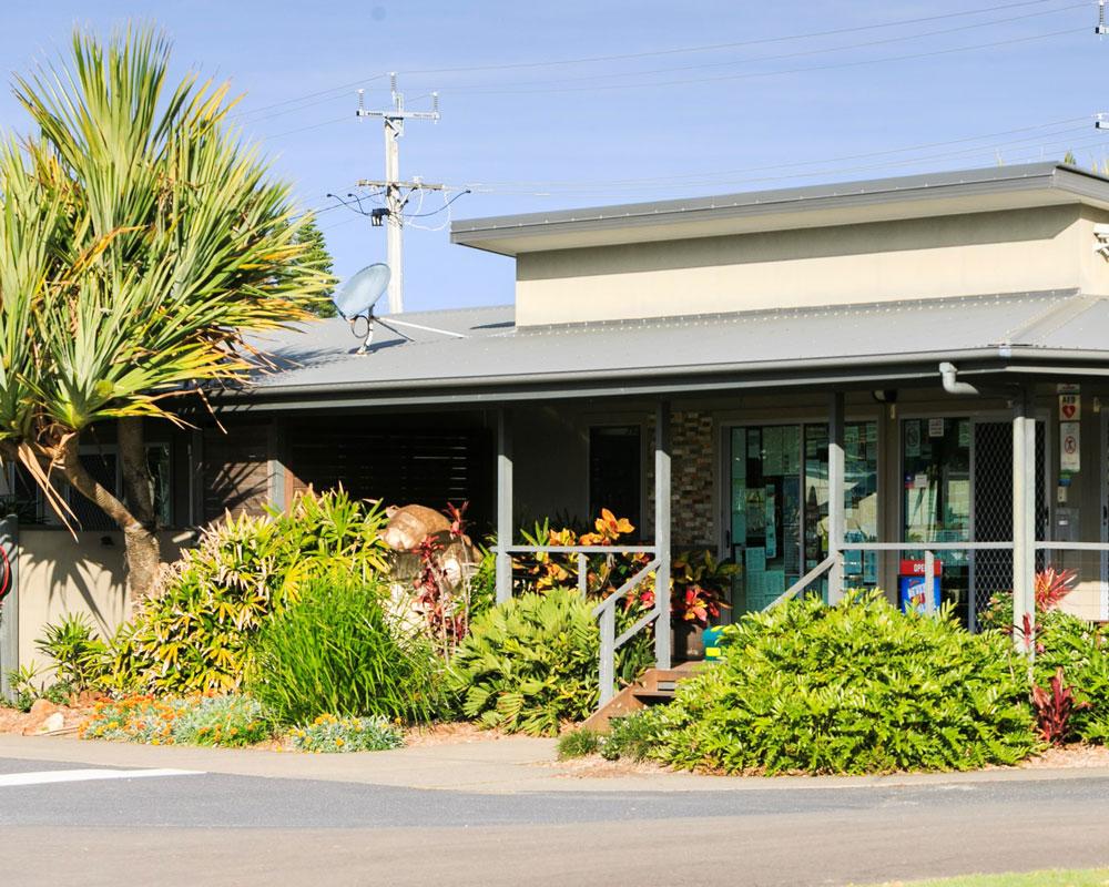 Front office building at Lake Ainsworth Lennox Head caravan park