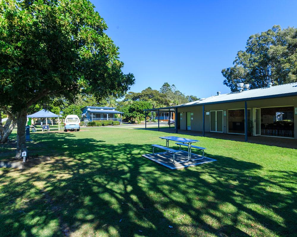 Camp kitchen area at Urunga Heads caravan park