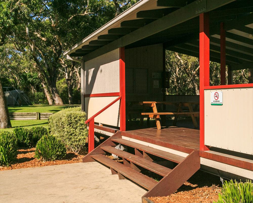 Camp kitchen at Jimmys Beach caravan park